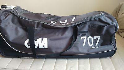 G&m - 707 Wheelie Cricket Bag