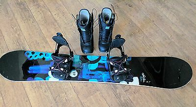 Burton Feather Girls 149 Snowboard, Flow Bindings and Burton Boots!