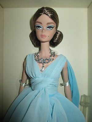 BLUE CHIFFON BALL GOWN SILKSTONE BARBIE - NRFB - New 2017 Mint with Mint  Box