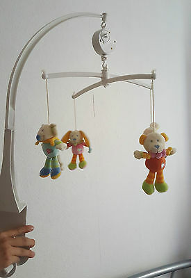 Mobile musicale NICOTOY avec 4 peluches