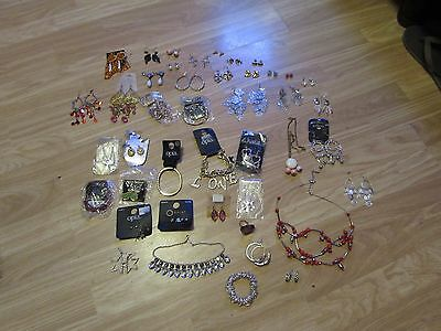 Mixed Selection Of Costume/fashion Jewellery Items Inc Earrings/chains/bracelets