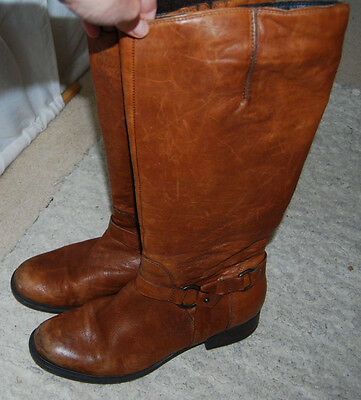 Clarks Tanned Boots Size Wide Fit 7.5