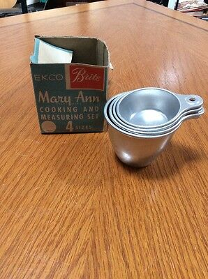 Vintage EKCO Brite Mary Ann Cooking & Measuring Cups ~ Aluminum with Original Bo