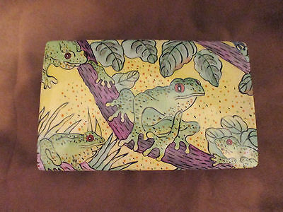 Vintage Porcelain Hand Painted Red Eye Tree Frog Covered Box