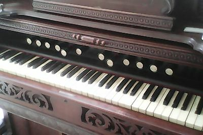 Harmonium - vintage Plays but would benefit from some TLC