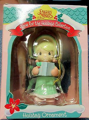 1995Enesco Precious Moments Holiday Christmas Ornament IOP Girl w Book