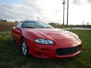 2002 Chevrolet Camaro red 2002 Camaro   z 28  21000 miles only like new