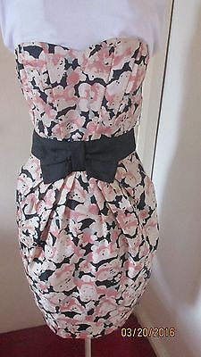 ladies special occasion H&M fashion dress bust 30 ins peach