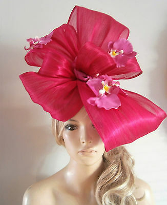 Fuchsia/beret/fascinator/percher/hat/vintage/feather/ascot/wedding/bride