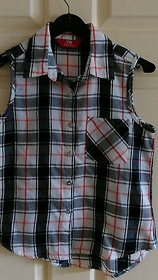 Girls checked blouse / top age 10 - 11 years
