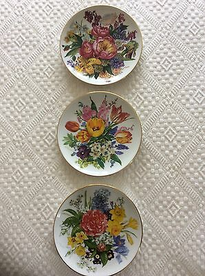 Limited Edition Ursula Band Bouquets Of The Seasons Plates X 3.