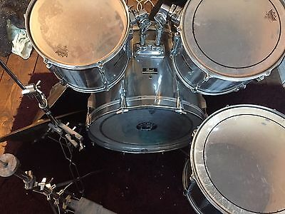 Pearl Export drum kit inc cymbals and hardware