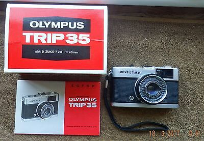 BOXED OLYMPUS TRIP 35 35mm FILM CAMERA 40mm f2.8 ZUIKO with INSTRUCTIONS
