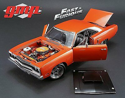 """Plymouth 1970 Road Runner """"furious 7"""" (2015) In Copper 1.18 Scale"""