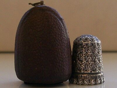 Lovely Leather Boxed Charles Horner Silver Thimble Chester 1895 Rd 210800