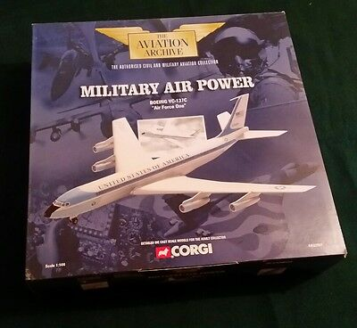 Corgi Aviation Archive 1:144 Boeing VC-137C Air Force One AA32901 (A)