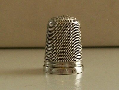 Henry Griffiths & Sons Silver Thimble Hallmarked Chester 1921 (15)