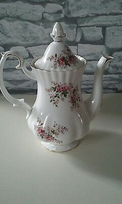 Royal Albert Lavender Rose Coffee Pot  1&1/2 Pint
