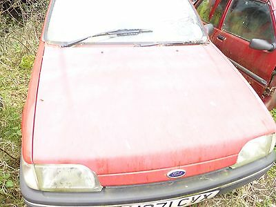 FORD FIESTA HEADLIGHT MK3 breaking for spares