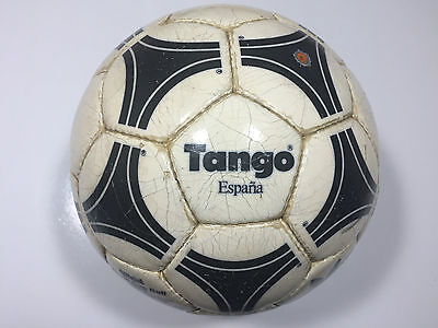 ADIDAS Tango Espana 1982 Spain (made in France)