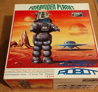 Robby The Robot Comet Miniatures Limited edition injection model kit Rare & OOP