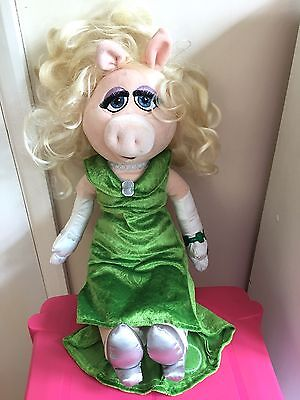 """Disney Store Exclusive Miss Piggy Plush Soft Toy Doll, 20"""", Muppets, nice con"""