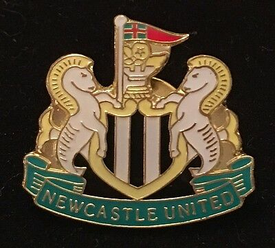 Newcastle United Enamel Football  Badge