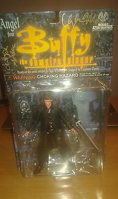 Buffy the vampire slayer, Signed, new in box, Angel. Moore action collectables