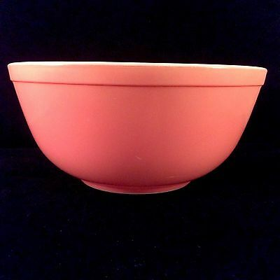 Pink Standard Pyrex Mixing Bowl 2.5 Quarts Liters 1960s Solid White Interior