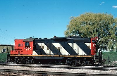CN GP9 4520  roster - Original Kodachrome slide