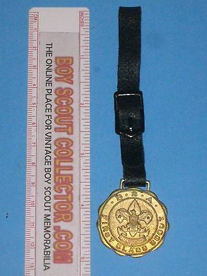 Boy Scout Vintage First Class Scout Watch Fob Do A Good Trun Daily