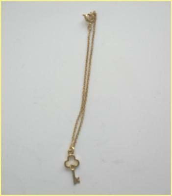 Magic Attic Club ORIGINAL GOLDEN KEY Doll NECKLACE, Hard-to-Find, Excellent