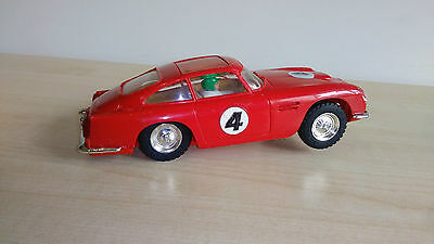 VINTAGE TRIANG SCALEXTRIC C68 ASTON MARTIN WITH SUN ROOF 1960s UNBOXED