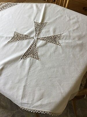 Vintage cream cotton table cloth with crocheted middle and edge