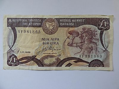 Centrol Bank of Cyprus one pound bank note 1989 AF981863 As Photo's