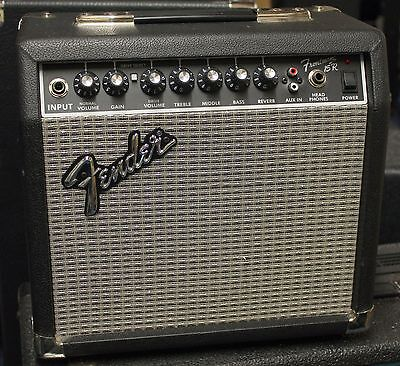 Fender Frontman 15R 15W Guitar Combo with reverb [1 of 2]