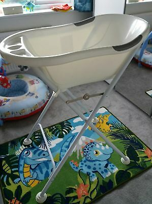 Tippitoes Baby Bath and Stand