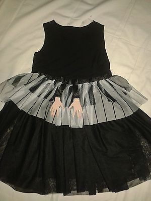 H&M Girls age 6-7 years PIANO party dress
