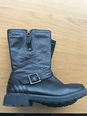 Girls Clarks Black Leather Boots Size UK 11.5 F