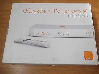decodeur tv universel orange UHD90 slim.