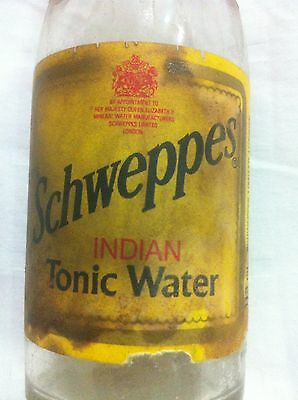 SCHWEPPES INDIAN TONIC WATER VINTAGE PUB BAR SODA BOTTLE 1930s W/ COAT OF ARMS