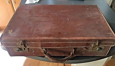 Solid leather vintage leather suitcase with key!