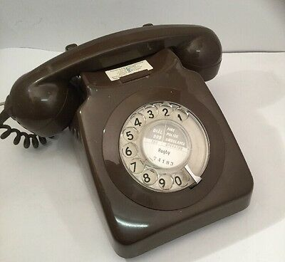 Old Brown BT Dial Telephone 1981 (8746G) - Lovely Vintage Item