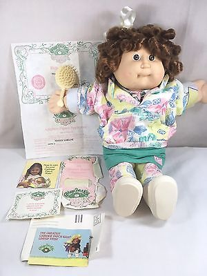 Vtg 1986 Coleco Cabbage Patch Kids Girl Doll Red Cornsilk Hair Clothes w/Papers
