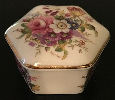 HAMMERSLEY - BONE CHINA - Trinket Box - Made in England - Collectable