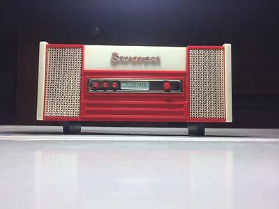 Vintage Stereopet toy record player