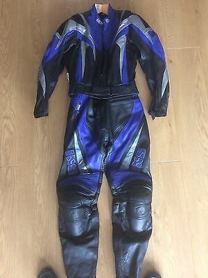 Ladies IXS two Piece Zip Together Motorcycle Leather Suit Size 12 -14
