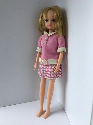 "vintage fashion 9"" doll takara with outfit no shoes or box"