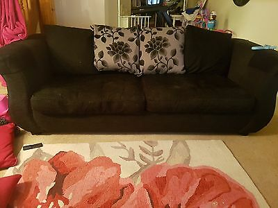 Large Dfs Sofa And Chair