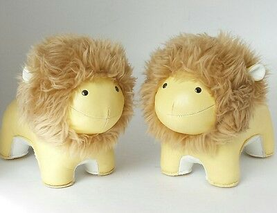 Zuny Lion Special Edition Animal Bookend